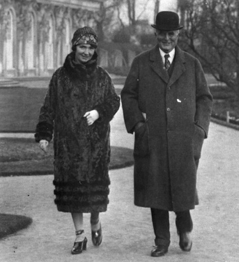 Margaret Sanger and second husband J. Noah H. Slee in 1927. The couple had a marriage contract in which they agreed to live apart.